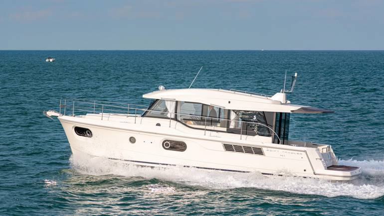 Swift Trawler 41 Sedan
